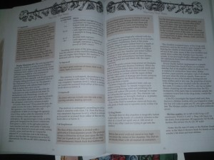 Il manuale brossurato di Return to the Tomb of Horrors ha più di 160 pagine colme di informazioni preziose